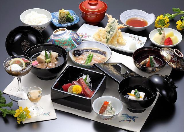 金沢 会席料理 おすすめ情報 - r.gnavi.co.jp