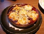 【バイカルゴ】<br>バイ貝にチーズをのせて、こんがりと。